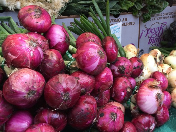 Photo by LDaley_farmers market red onions cropped